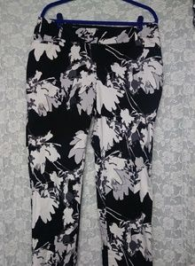 Eloquii the limited Floral Classic Fit Cropped 14W